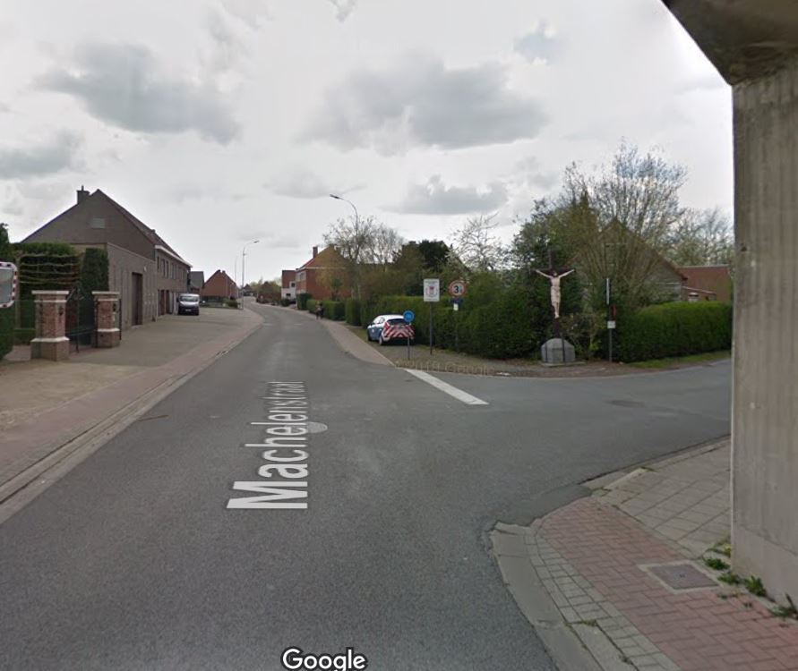 spoorwegtunnel_Machelenstraat_Deinze.JPG