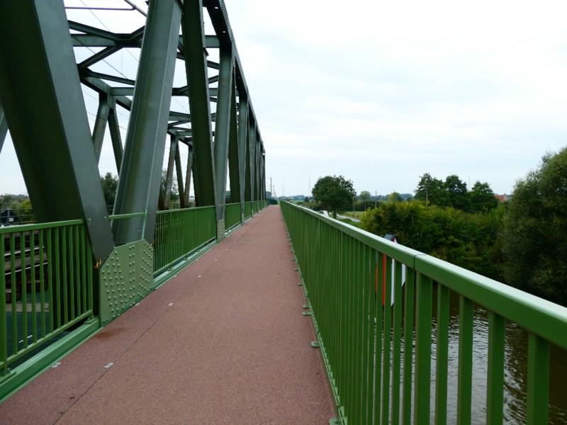 spoorwegbrug_voor_fietsers_Deinze_Grammene.jpg
